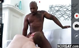 White gay helps his black straight friend make a sexy video