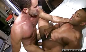 Hot white stud playing with a african ass