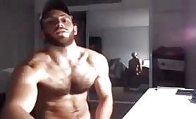 beautiful muscular man cums on  live camera